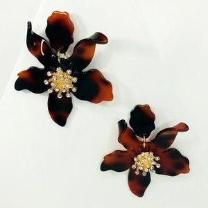 Closet Rehab Jewelry - Crystal Lily Drop Earrings Tortoise